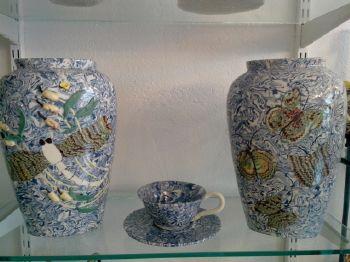 vase poterie bleu